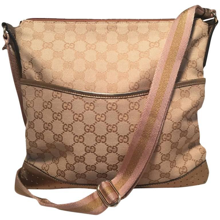 Gucci Medium Monogram Canvas and Leather Bronze and Pink Messenger Shoulder  Bag For Sale at 1stdibs e1570f1588674