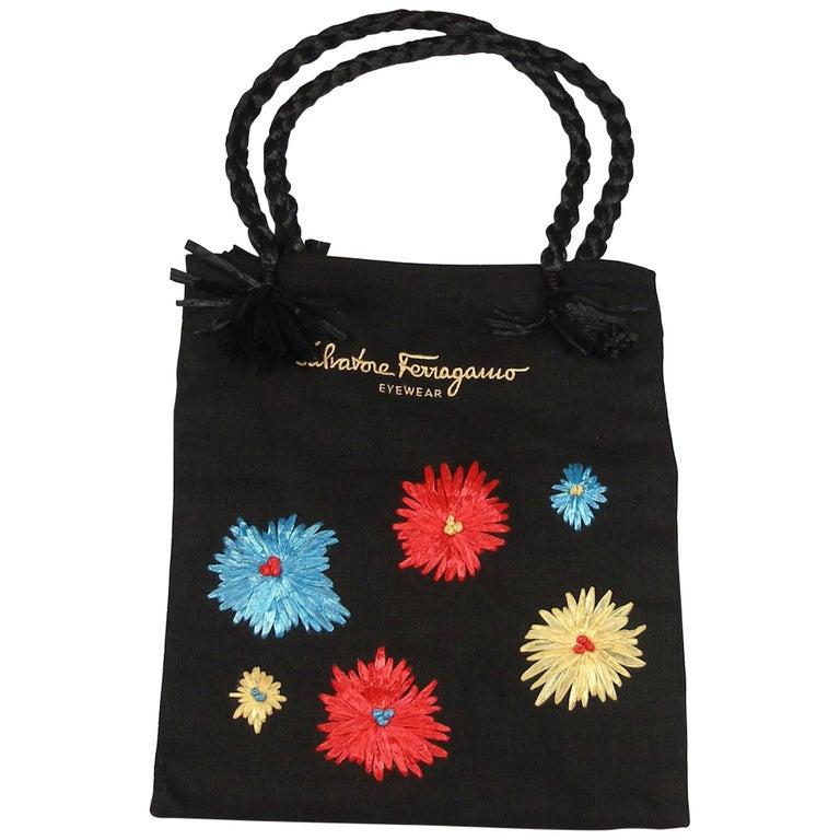 Stunning Vintage Rafia Flowers and Lin Handbag Salvatore Ferragamo