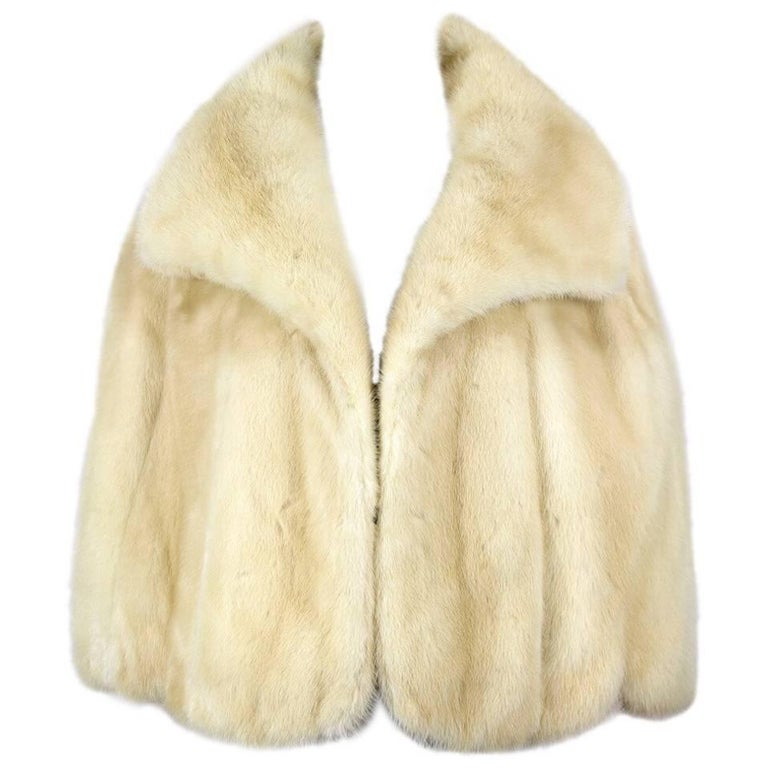 Pale Blonde Mink Fur Cape With Huge Collar, 1960s