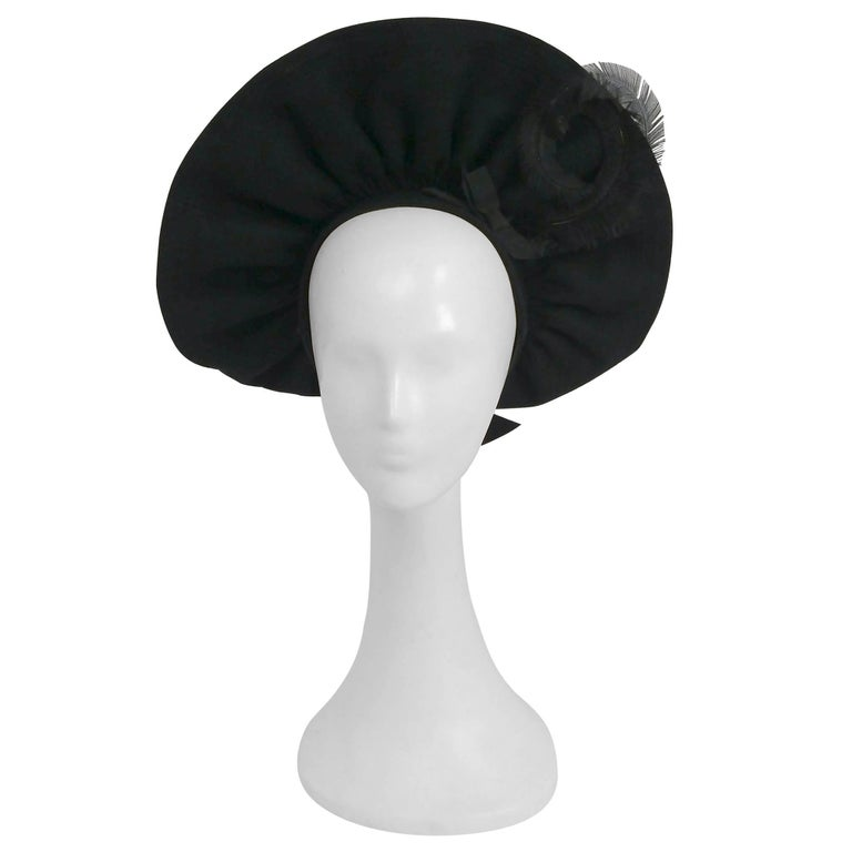 1940s Black Wool Ruffled Hat w/ Curled Feather