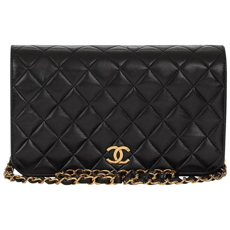 1990s Chanel Black Quilted Lambskin Vintage Classic Single Flap Bag For Sale