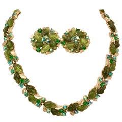 1950'S Lisner Lucite Carved Leaf & Crystal Rhinestone Choker Necklace & Earrings