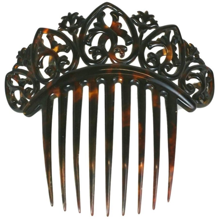 Elaborate Victorian Tortoise shell Comb