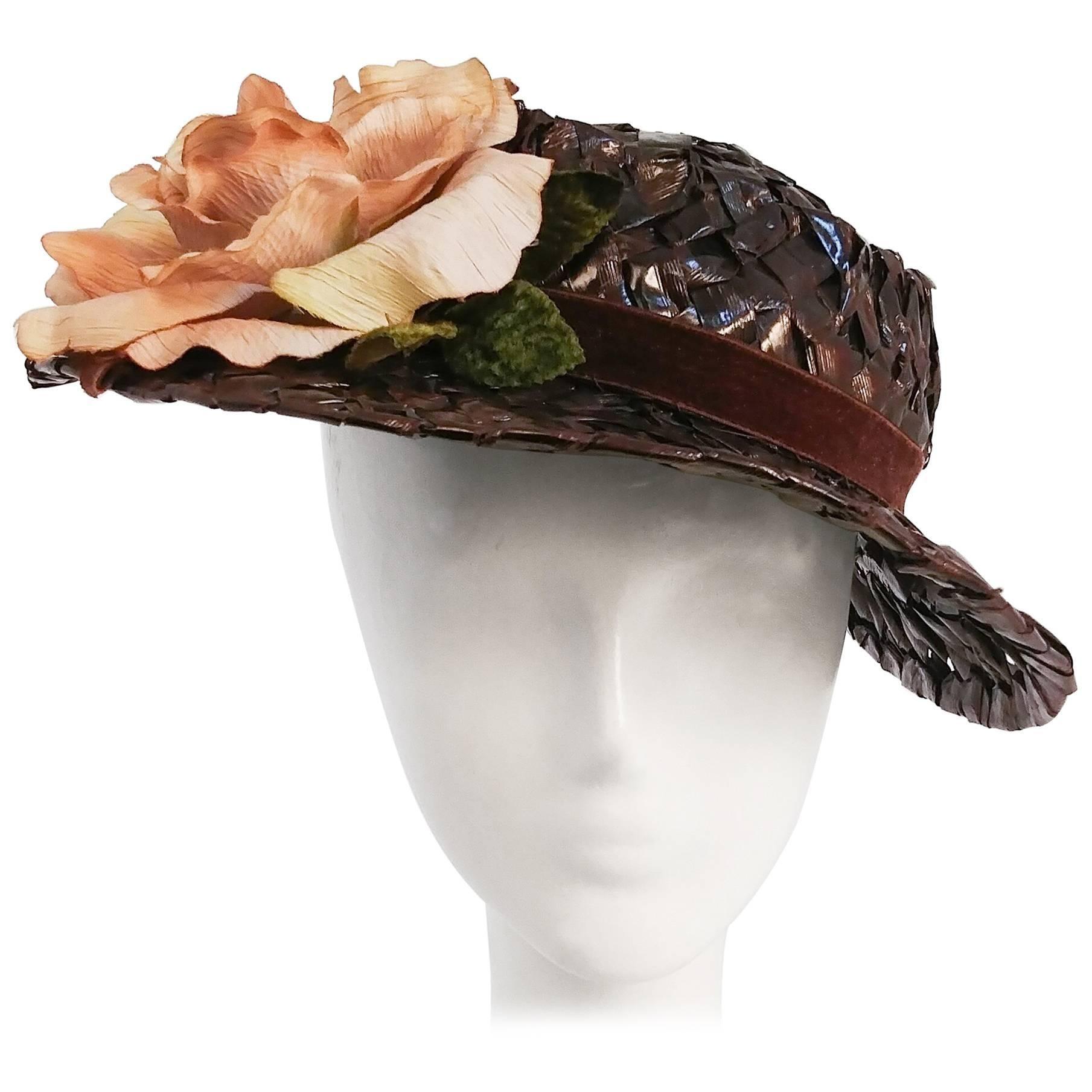 1950s Brown Straw Raffia Hat w/ Rose