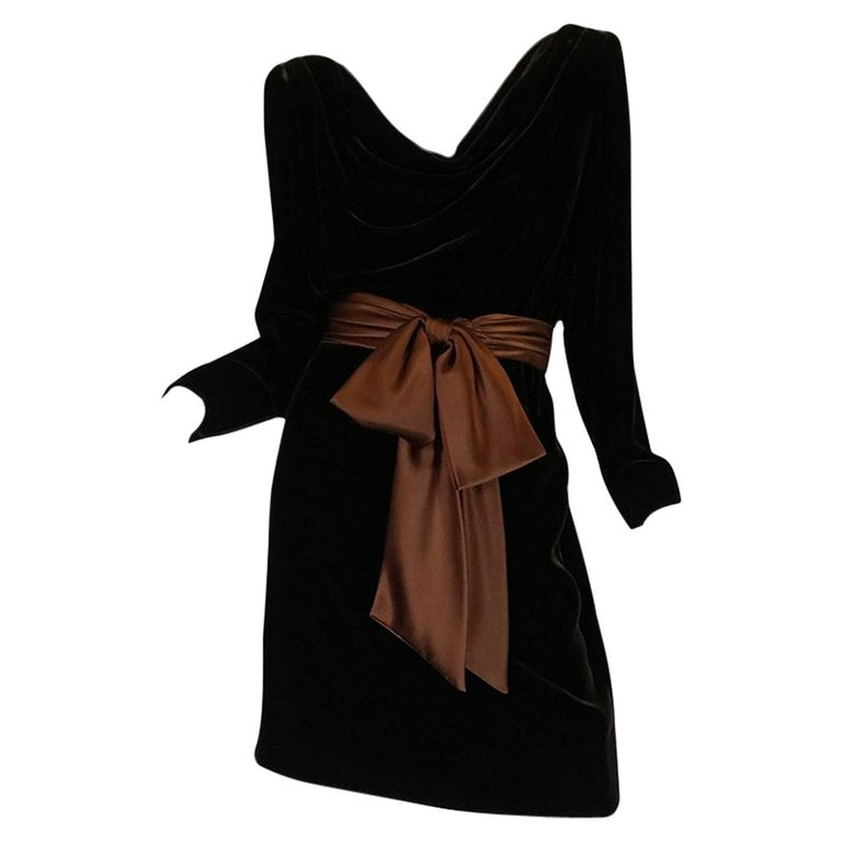 c1983 Hubert de Givenchy Haute Couture Velvet Dress w Silk Bow For Sale