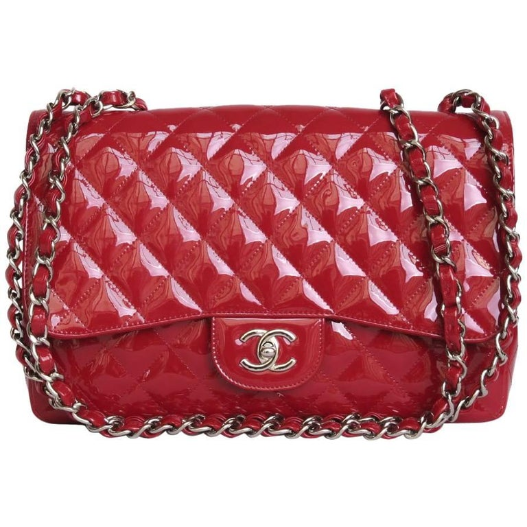 CHANEL 'Jumbo' Flap Bag in Red Patent Leather