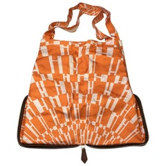 HERMES Foldable Silky Pop Bag in Brown Leather and Orange Silk