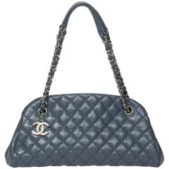 Chanel Handbag in light blue caviar quilted calf leather