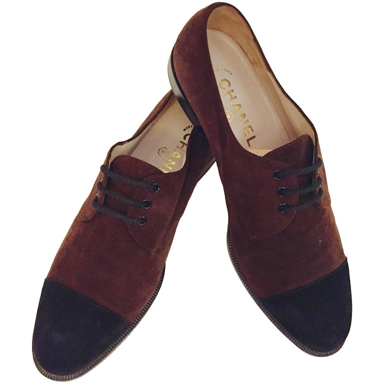 Chanel Brown Suede Oxford Shoes With Black Suede Cap Toe