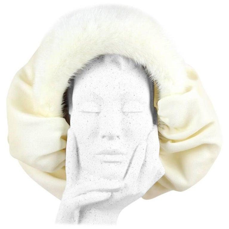 Custom-Made 1950s Cream Bonnet-Style Hat With Mink Fur Trim
