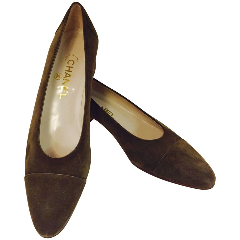 Classic Chanel Brown Suede Pumps With Monotone Cap Toes