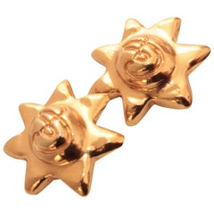 Christian Lacroix Chunky Gold Metal Star Earrings Statement Clip Style 1980s