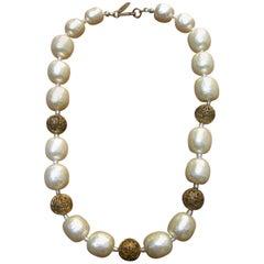 Miriam Haskell Elegant Baroque Glass Enamel Pearl Choker Necklace c 1950s