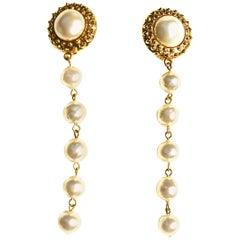 80s Chanel Long Drop Pearl Earrings