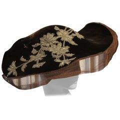1940s Chocolate Brown Silk Velvet Portrait Hat w Beaded Lame Floral Detail