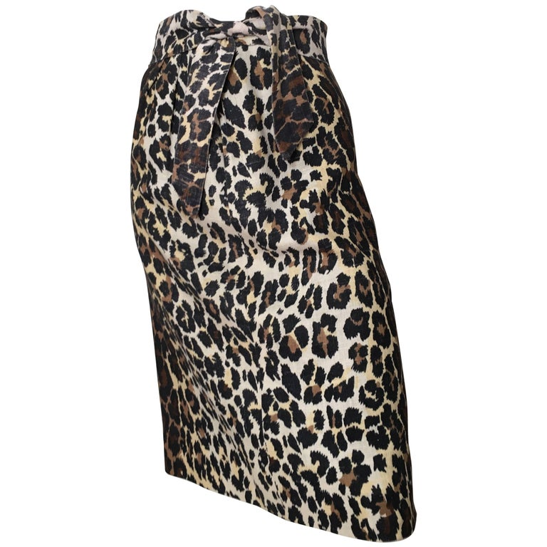 Bill Blass Linen Cheetah Print Skirt Size 4.