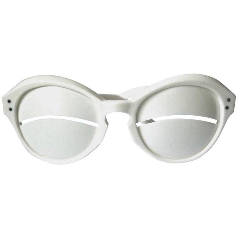 """unworn 1965  Iconic André Courrèges Lunette """"Eskimo Eclipse"""" Sunglasses"""