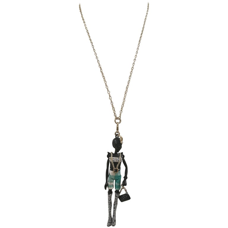 Servane Gaxotte Paris necklace 1