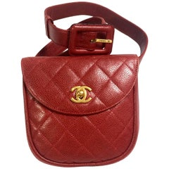 Vintage CHANEL 2.55 red caviar leather waist purse, fanny pack with golden cc.