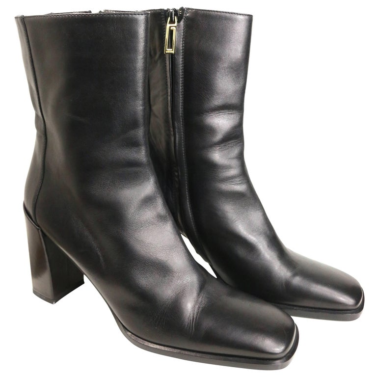 Vintage Gucci by Tom Ford Black Leather Ankle Boots For Sale