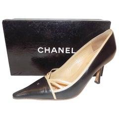 Chanel two tone cc logo heels sz 40