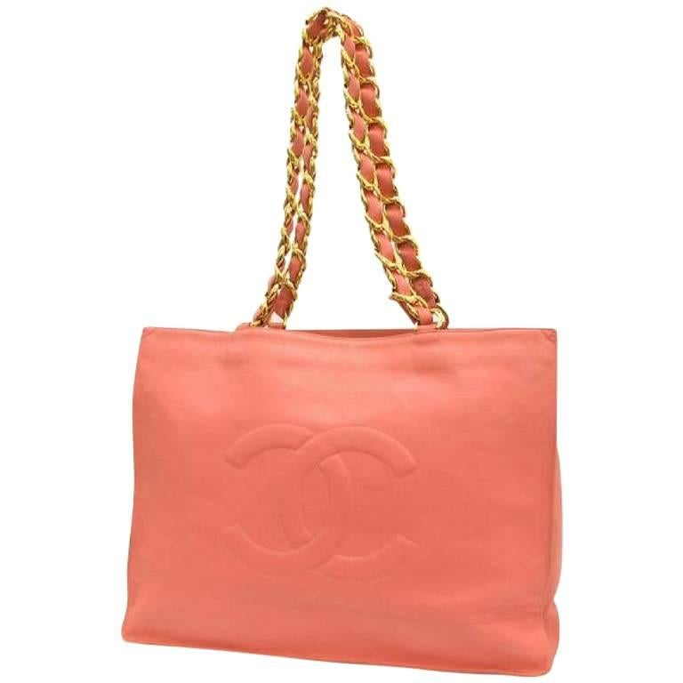 Vintage CHANEL milky pink calf leather large tote bag with gold tone chains.