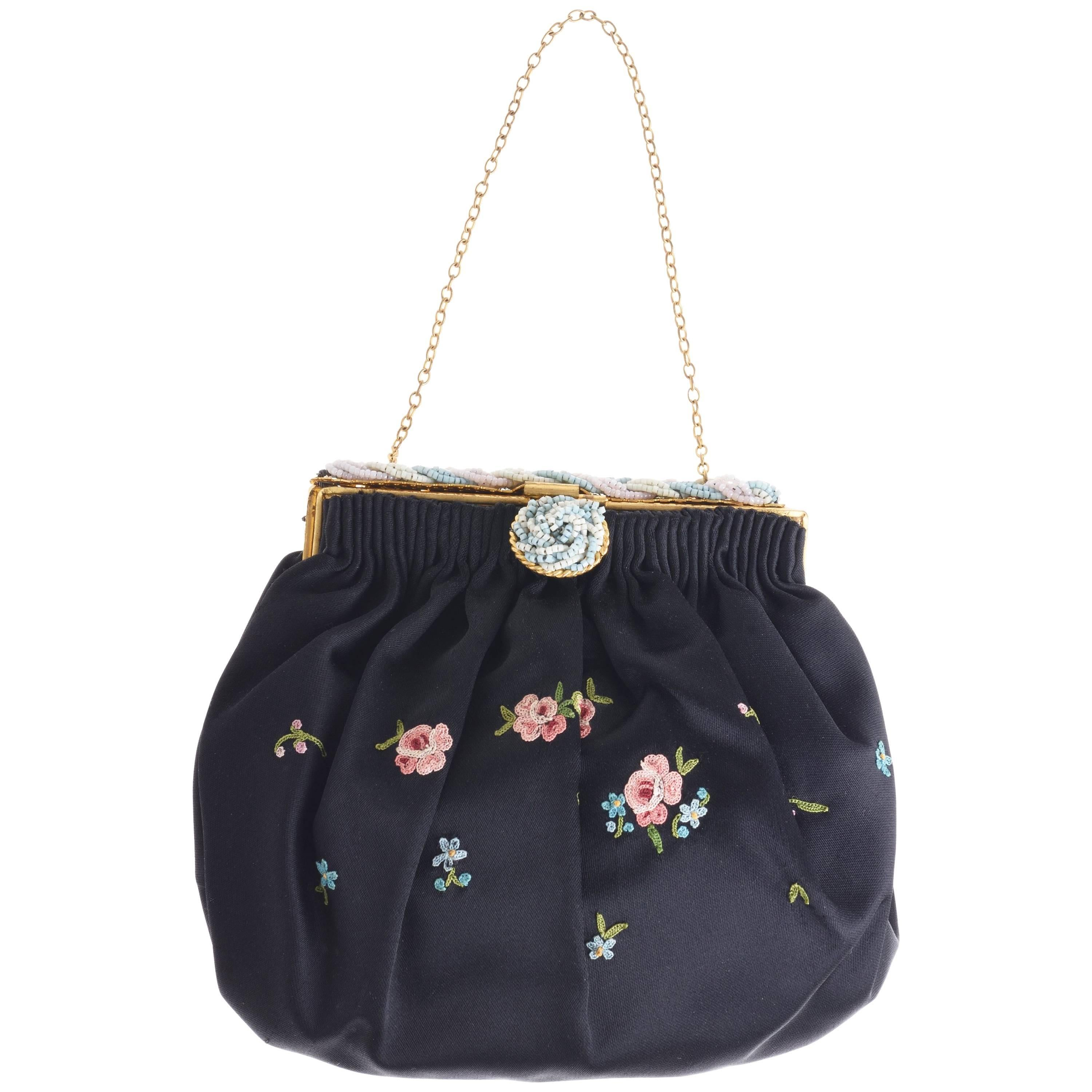 1stdibs 1920s French Black Silk Bag With Floral Embroidery & Hand Beadwork Frame aEGUr5V