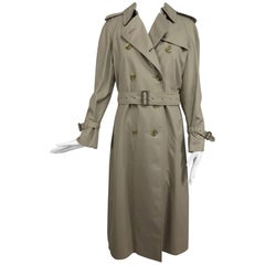 Burberry classic trench coat with removable nova check lining