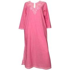 Oscar de la Renta 1990s Pink Cotton Caftan with Pockets Size Medium.