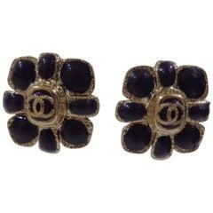 Chanel purple silver tone cc logo flower clip on earrings