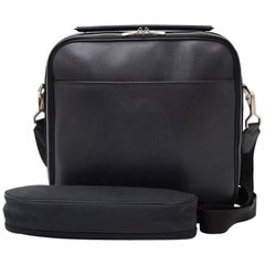 Louis Vuitton Black Taiga Leather Laptop Briefcase Bag + Strap