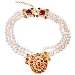 MARGUERITE DE VALOIS Byzantin Triple-Row Necklace in Pearls and Molten Glass
