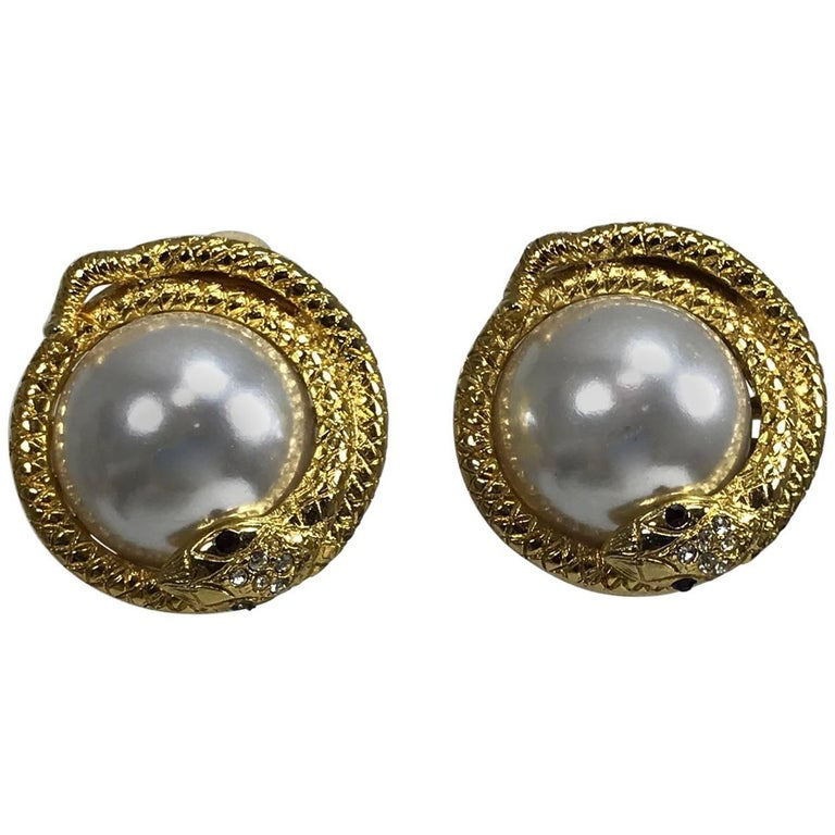 Kenneth Lane large jeweled snake with pearl earrings 1