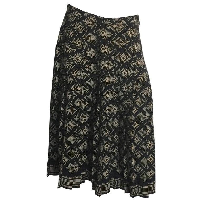 Adolfo black and tan printed pleated silk skirt