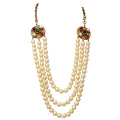 1984 Chanel long multi strand pearly necklace