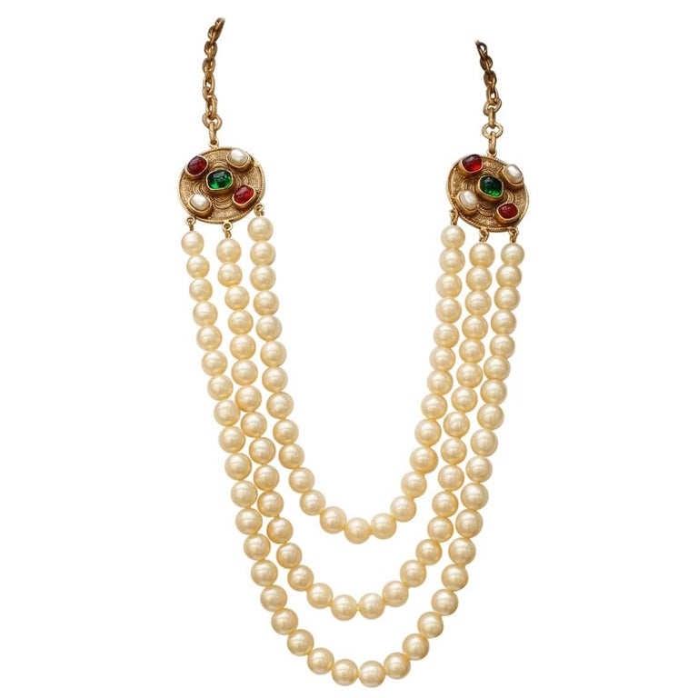 1984 Chanel long multi strand pearly necklace  1