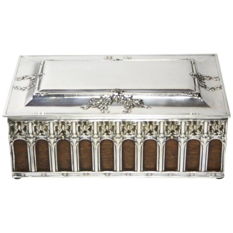 ABSOLUTY COLLECTIBLE Antique French Art Déco Gallia Box Circa 1920