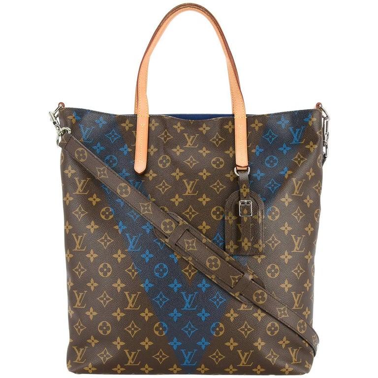 51e46153845c Louis Vuitton Monogram Men s Carryall Travel Tote Shoulder Bag For Sale