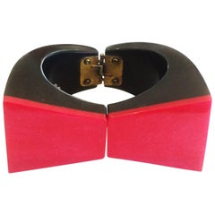 Art Deco French Bakelite hinged bowtie bangle bracelet clamper