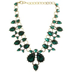 Designer Oscar de la Renta standout emerald green glass necklace
