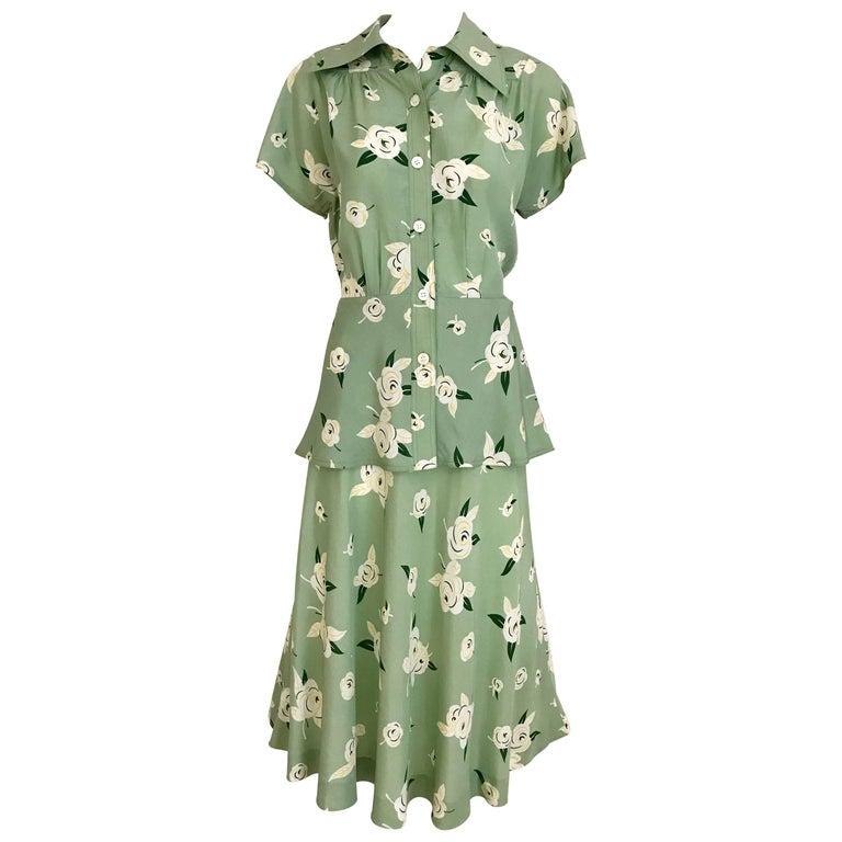 GUY LAROCHE 1970s Floral Print Light Green Rayon Blouse Skirt Ensemble