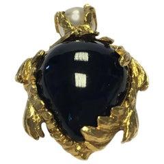YVES SAINT LAURENT Turtle Brooch in Gilded Metal Pearl and Black plexi