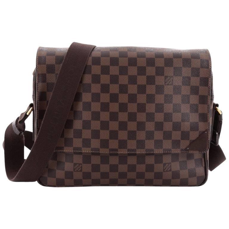 Louis Vuitton Shelton Messenger Bag Damier MM at 1stdibs 52cf545712f64