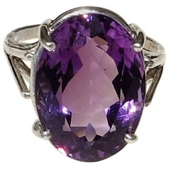 Sparkling Oval Amethyst in Sterling Silver Ring