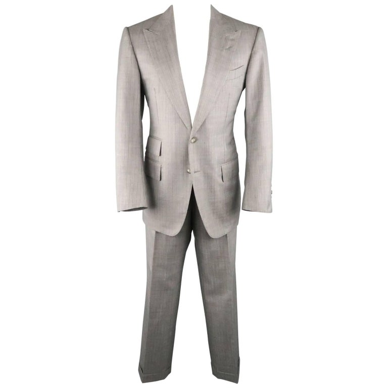 Tom Ford Men's Grey Herringbone Wool Peak Lapel Suit