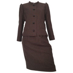 Nina Ricci 1970s Wool Brown and Black Houndstooth Jacket and Skirt Set Size 6.