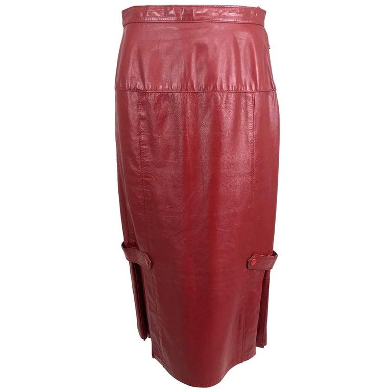 Vintage red leather pleat hem skirt 1950s