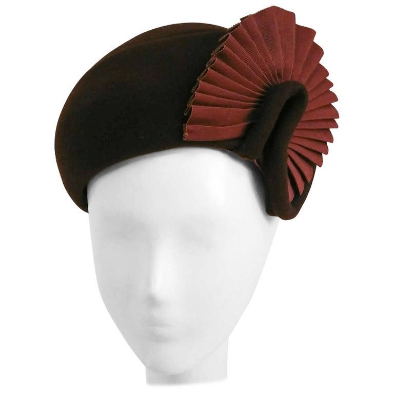 1930s Brown Felt Hat w/ Ruffled Fan