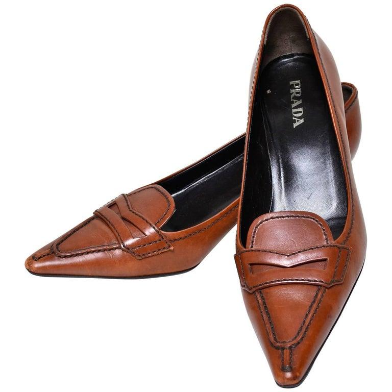 Prada cognac brown leather kitten heel shoes Size 37