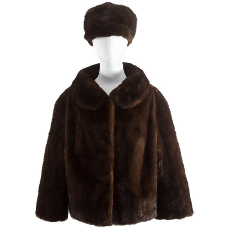 Plappert 1960s brown saga mink cropped jacket with matching hat